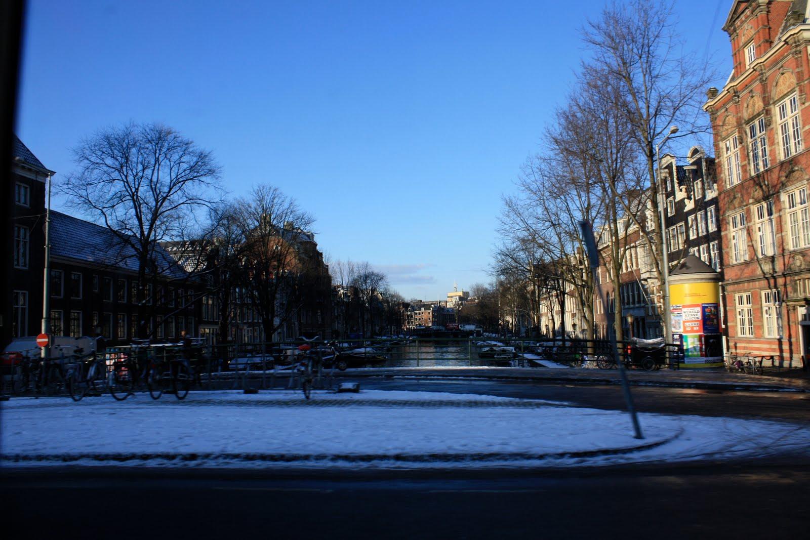 besneeuwde gracht - snowy canal